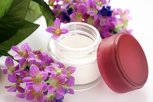 Омолаживающие крема для лица в домашних условиях